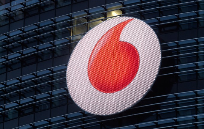 vodafone LED logo in duesseldorf powered by spinetix technology