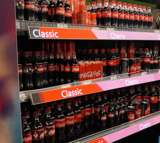 coke digital shelves in retail with spinetix technology