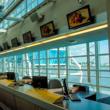 Carnival cruises registration desks